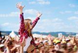 忘れ物ない?楽しい夏フェスを快適に過ごすための必需品リスト