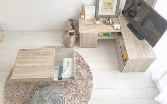 くつろぎスペースのおともシンプルな女子部屋のカーペット使い9