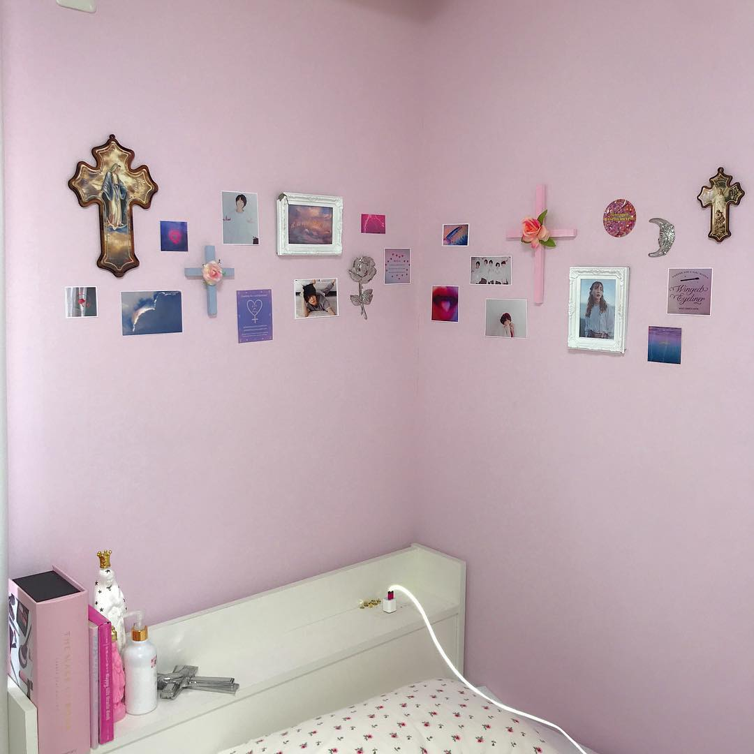 ガーリー部屋の作り方 もっとオシャレに 壁紙が可愛いお部屋15選 ピュアラモ Purelamo あなたの生活にかわいいを届ける