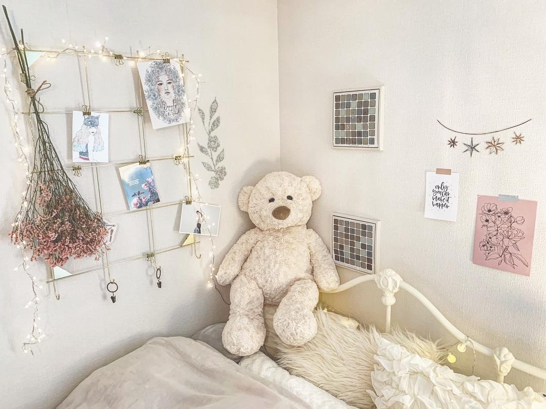 かわいいベッドルーム